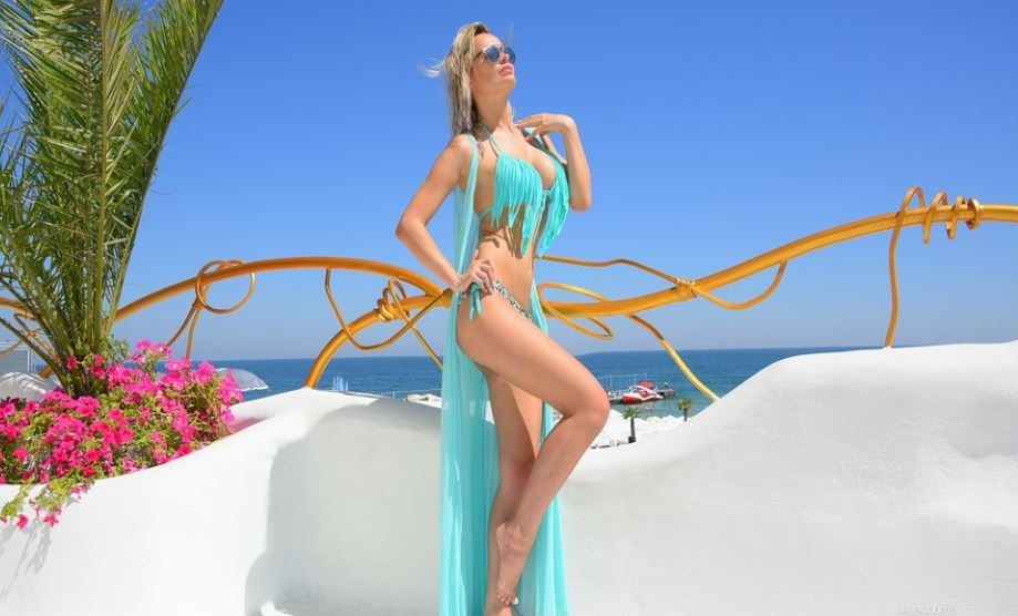 MilenaBia Model GlamourCams