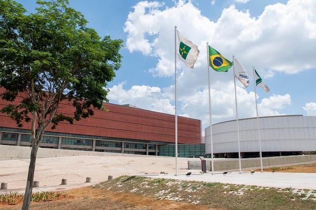 A CLDF lança página sobre homenageados com títulos de Cidadão Honorário e Benemérito de Brasília nesta quinta (8)