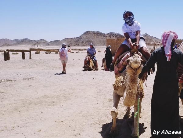 cu-camila-in-desert-excursie-Egipt