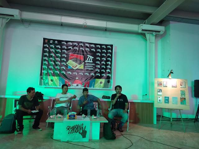 Festival Literasi: Ada Apa dengan Penerbit Indie di Semarang?