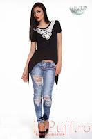 Tricou negru cu broderie la gat (Escape Star Jeans)