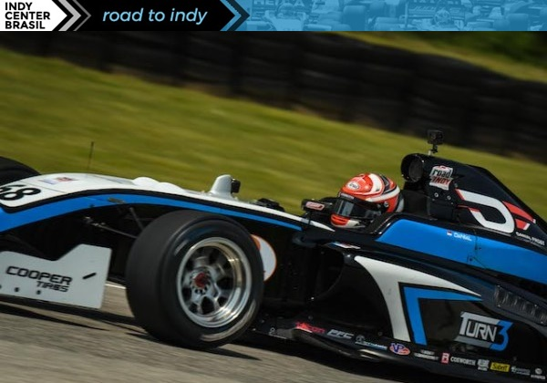 Carro Road to Indy