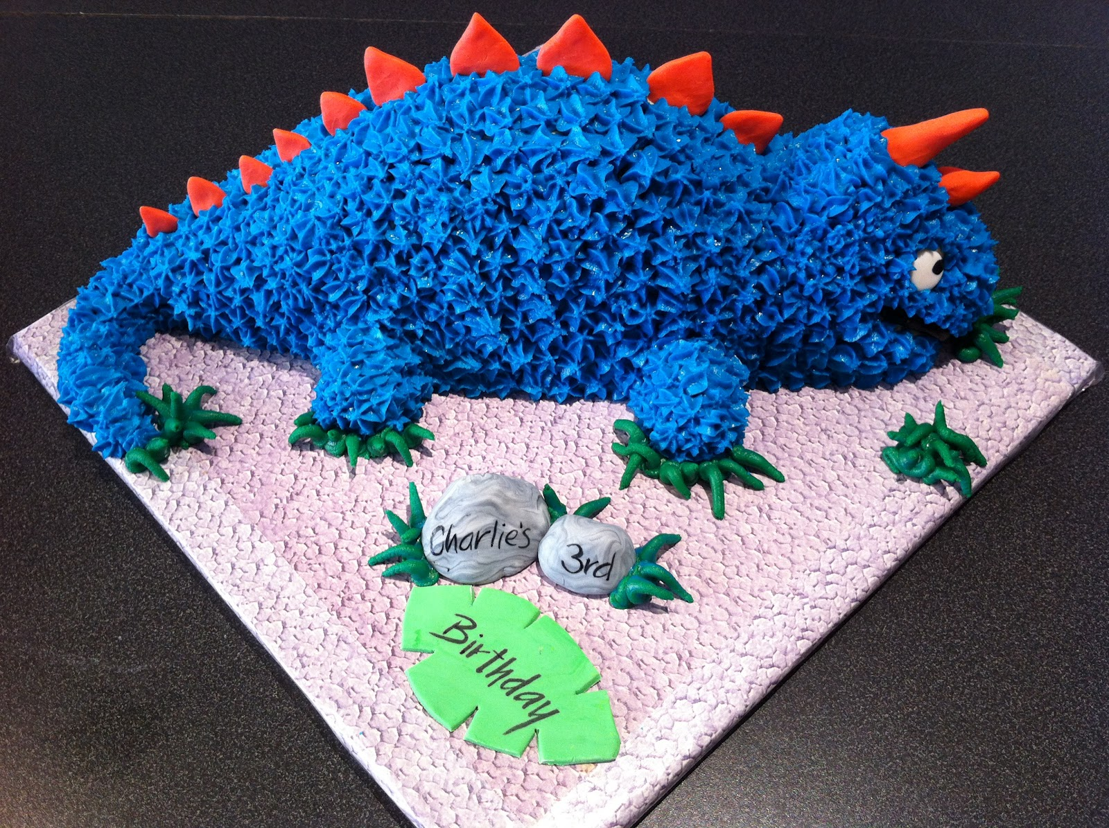 Pick My Brain How To Make A Kids Dinosaur Cake