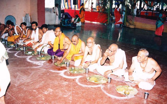 आखिर लहसुन और प्याज क्यों नहीं खाते हैं ब्राह्मण समाज के लोग, जानिए