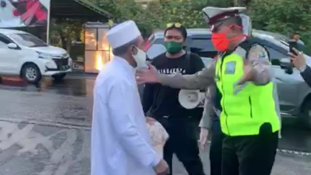 Sosok Habib Umar yang Cekcok Sengit dengan Satpol PP Kala PSBB