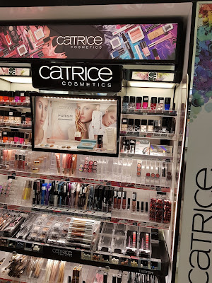 Catrice Cosmetics display in Panama - www.modenmakeup.com