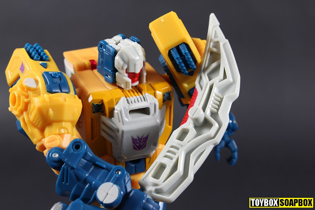 transformers titans return wolfwire weapon