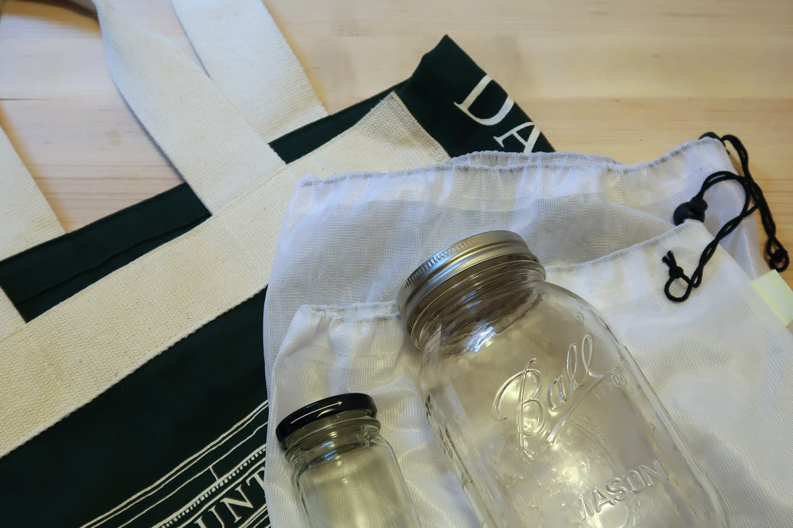 zero waste plastic free july reusable eco friendly mason jar tote bag produce glass