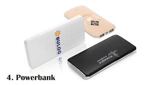 Powerbank merupakan salah satu rekomendasi souvenir kekinian yang tepat untuk anak muda