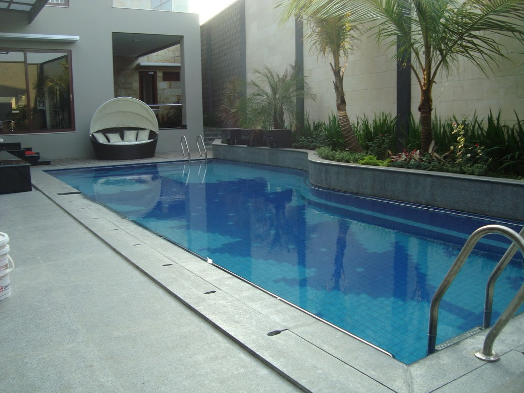 42 contoh rumah minimalis dengan kolam renang kecil yang nampak