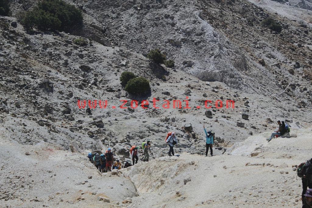 Info Pendakian Gunung Papandayan Terbaru