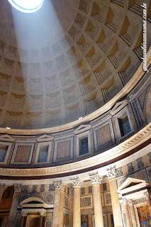 Interior do Pantheon em Roma