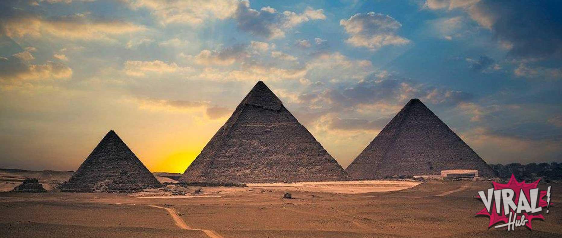 As pirâmides foram feitas por escravos?