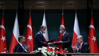 Polandia akan Akuisisi 24 Drone Tempur Buatan Turki