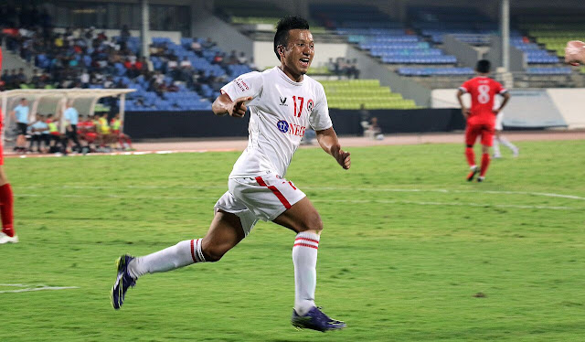 Hero I-League: Aizawl go top of the table