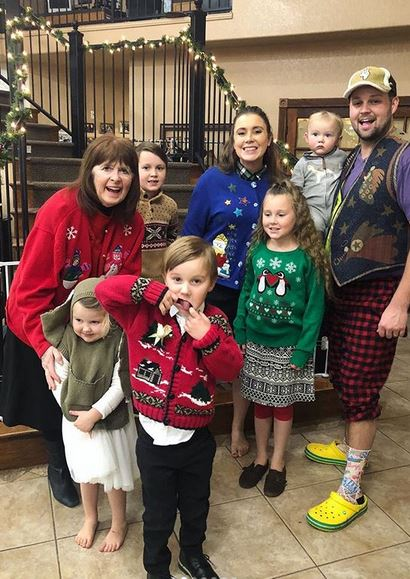 Ugly Christmas Family Pictures.Duggar Family Blog Duggar Updates Duggar Pictures Jim
