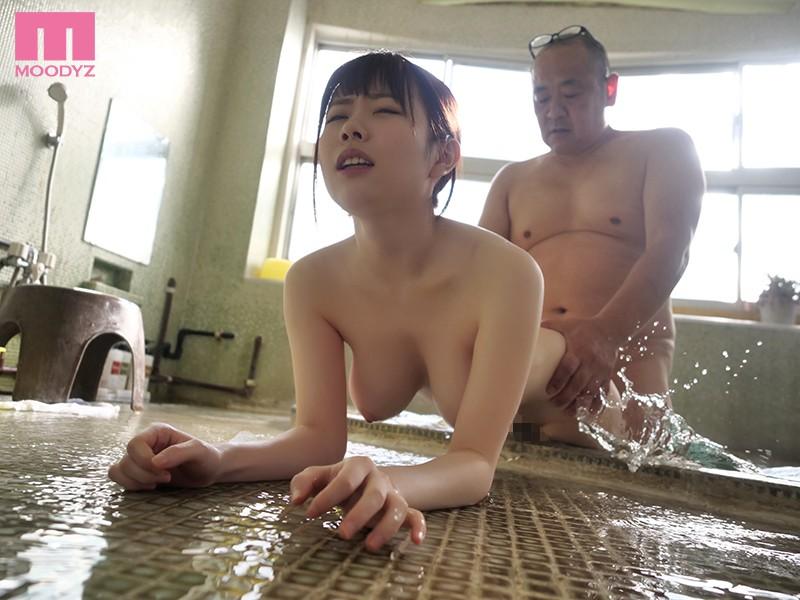 桜空もも解禁后⋯一起拿新人奖的水卜さくら被最讨厌的上司带去泡温泉了!