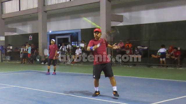 Kejuaraan Tenis Veteran Piala Bupati Tulungagung: Sang Guru Besar Belum Terbendung, Tembus Semifinal