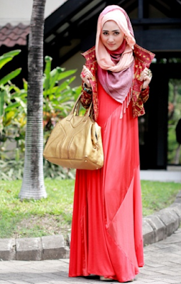 Model Blazer Batik Dian Pelangi Terbaru