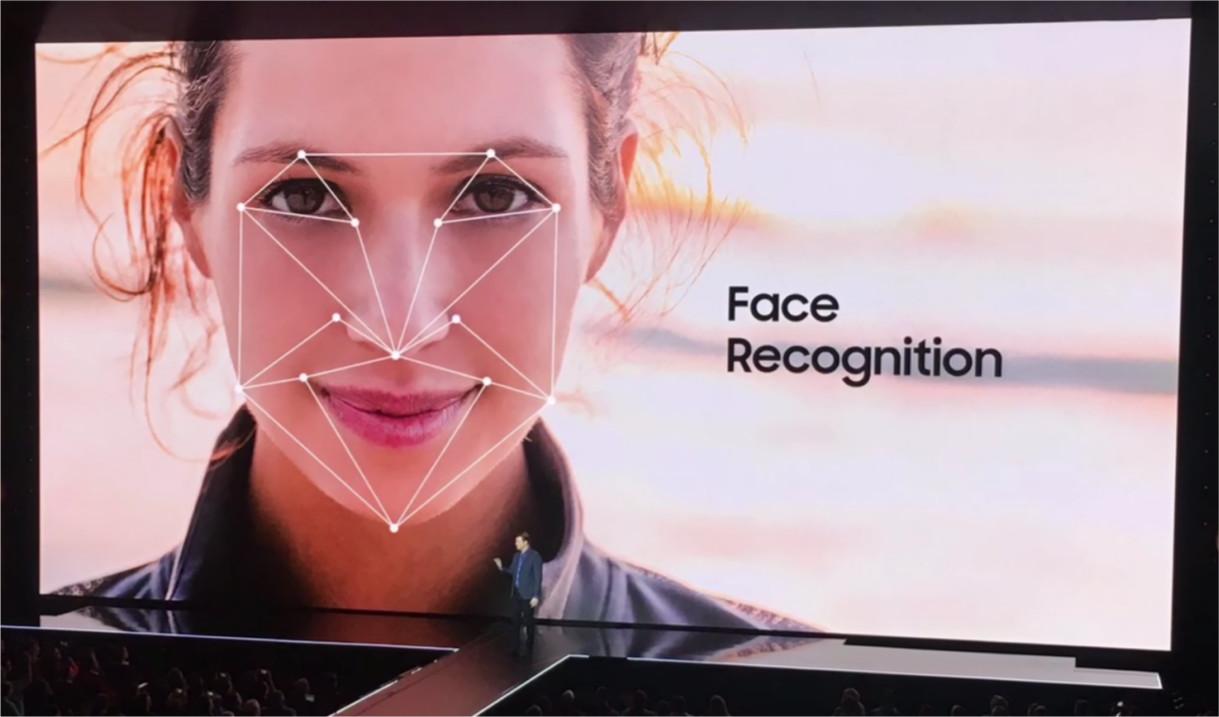 Galaxy-S8-Riconoscimento-facciale-ingannato-HTNovo
