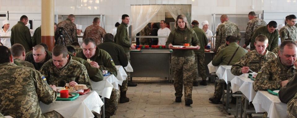 Комітет з нацбезпеки рекомендує звільнити заступника міністра оборони через монополізацію харчування ЗСУ