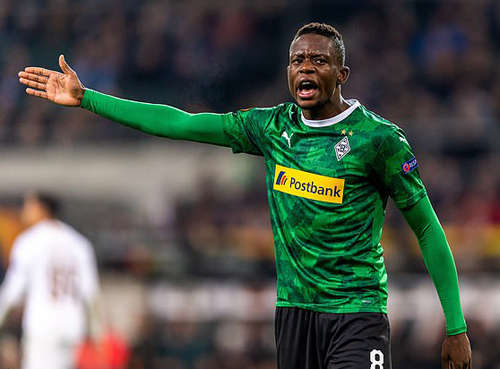 "Solskjaer săn ""hàng"" Bundesliga thay Matic"