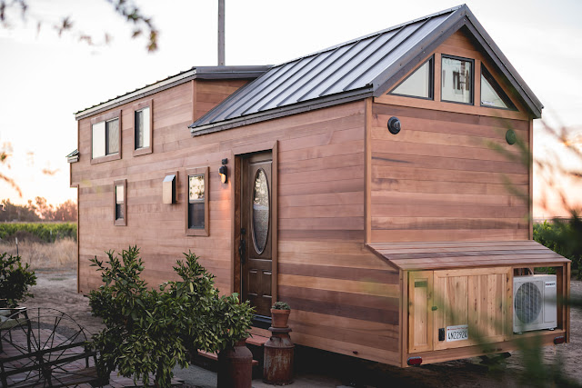 California Tiny House Model 2 TINY HOUSE TOWN