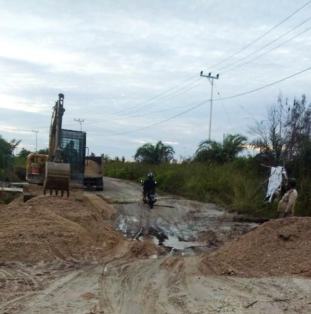 Ruas Jalan Kurun-Tumbang Lampahung Rusak, Kini Sudah Diperbaiki DPU Gumas