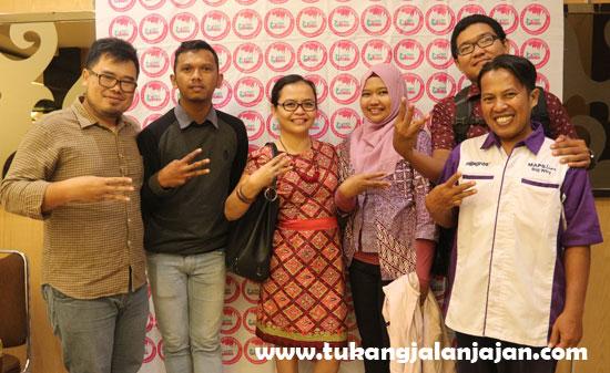PERWAKILAN NETIZEN BLOGGER : Dari kiri ke kanan : Dony Prayudi , Teguh Harianto , Louise Wulandari , Mardiah Haragap, Muhammad Arif dan Penulis. Foto Istimewa