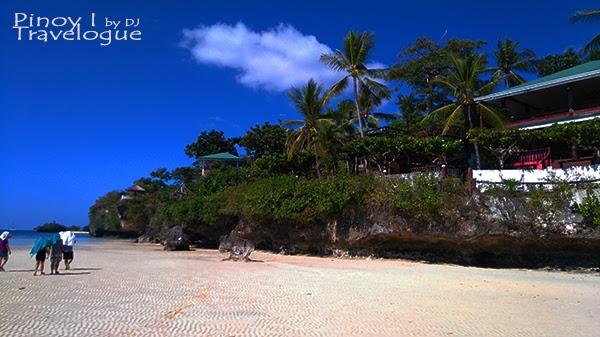 Private resorts of Santiago White Beach