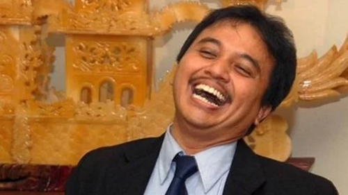 Anggaran Kereta Cepat Membengkak, Roy Suryo: Proyek Kecebong, Kereta Bohongan!
