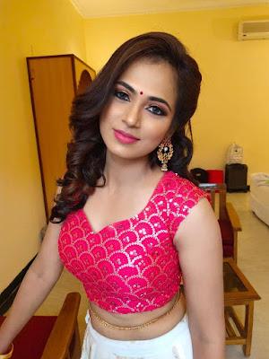 Actress Ramya Pandian Latest Photos & Videos