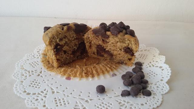 muffins_platano_chocolate_aove_cortada