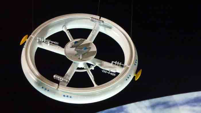 MOONBASE CENTRAL: Classic Space Kits