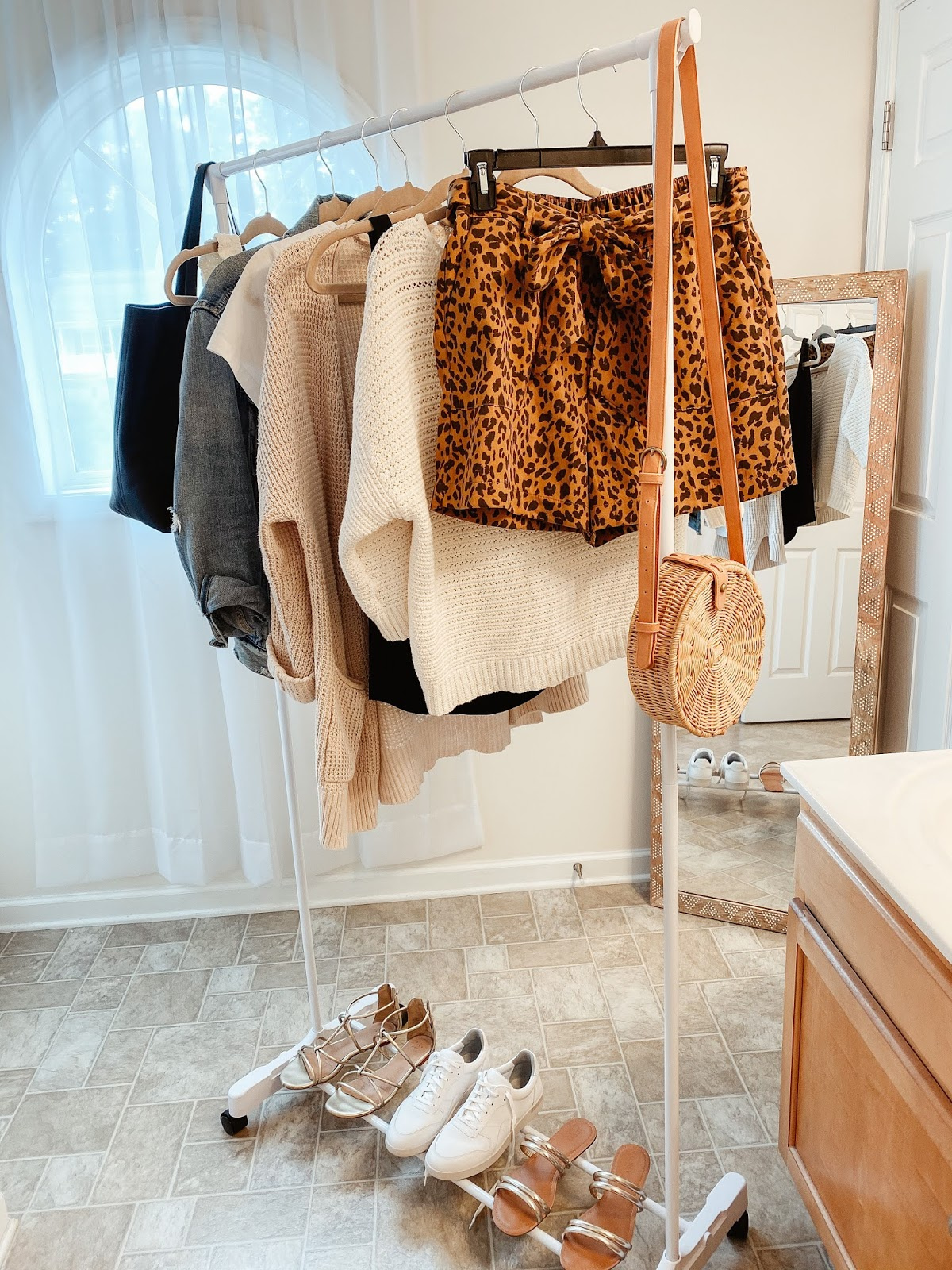 how to wear leopard shorts, how to style leopard shorts, target finds, target leopard shorts, nc blogger, north carolina blogger, style on a budget