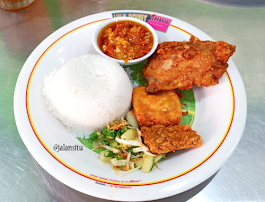 Ayam Penyet Surabaya Cabang AM Sangaji Yogyakarta