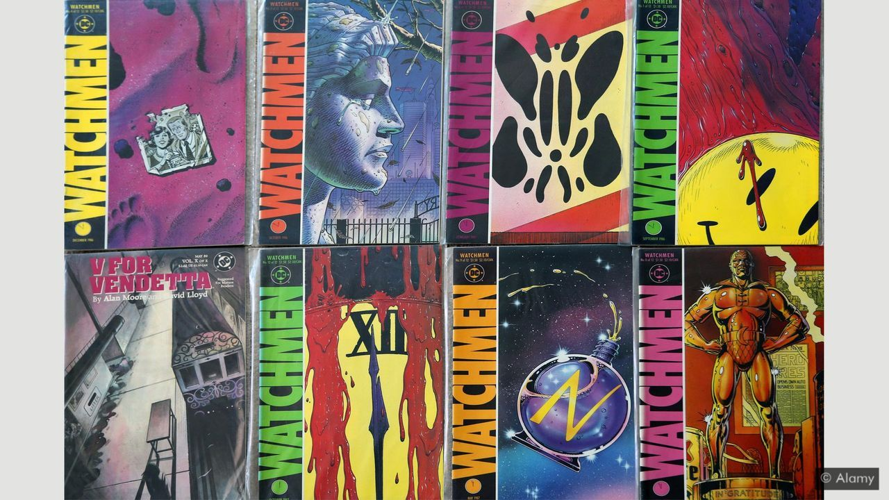 Watchmen Graphic Novel, Comics