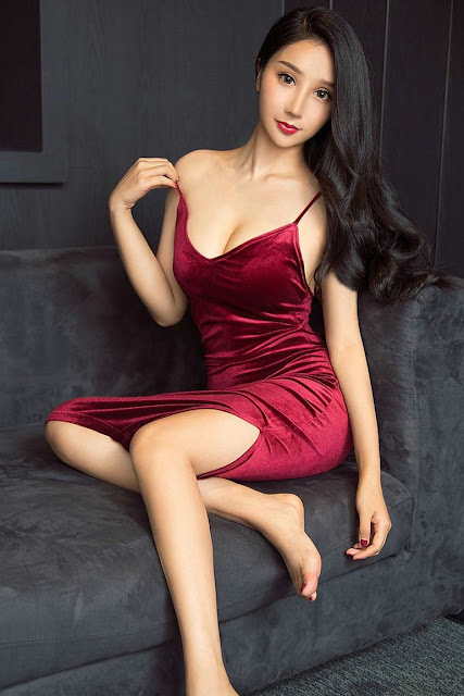Hot and sexy big boobs photos of beautiful busty asianchottie chick Chinese booty model Li Mei Xi photo highlights on Pinays Finest sexy nude photo collection site.