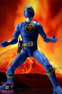 Power Rangers Lightning Collection Dino Thunder Blue Ranger 02