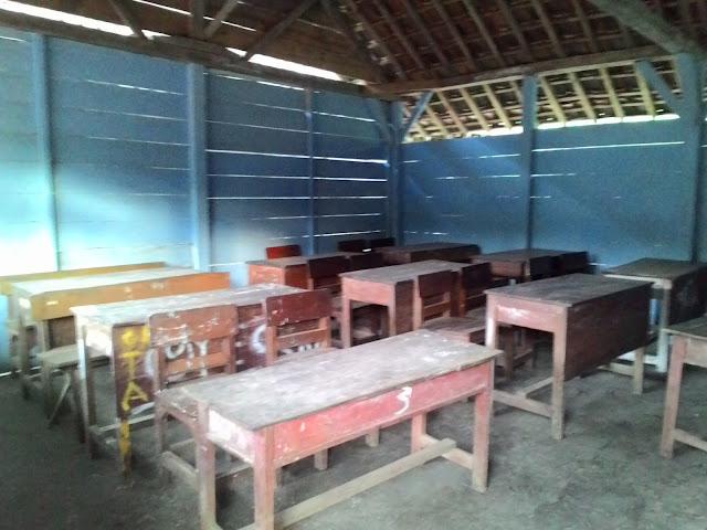 kelas-pake-kayu