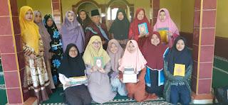 KKN 21 Mahasiswa Universitas Djuanda Berbagi Kebahagiaan Di Desa Cidahu
