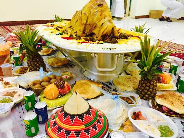 مطعم السفرة العربية قابل