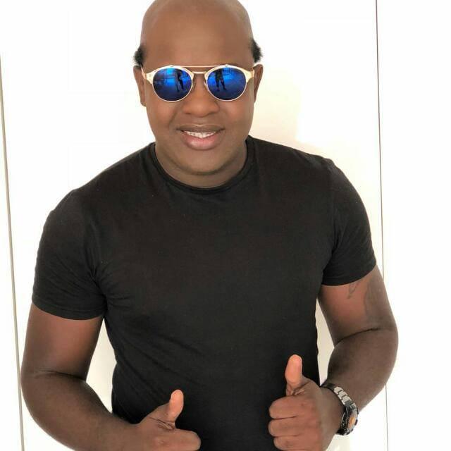 Puto Dino ft. Gaston Júnior - Zinha