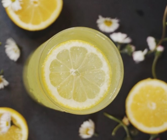 Sparkling Limoncello Cocktail #drinks #cocktails