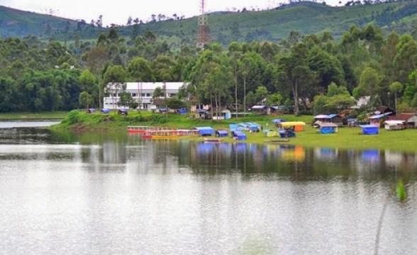 Keindahan Tempat Wisata Situ Cileunca Di Bandung