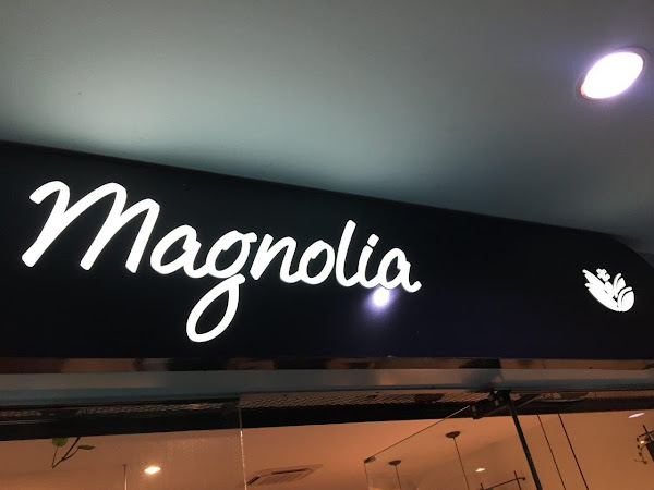 An evening at Magnolia Cafe