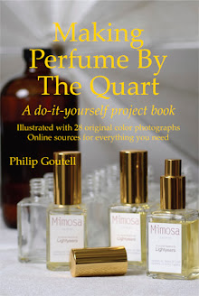 Making Perfume By The Quart: A do-it-yourself project book