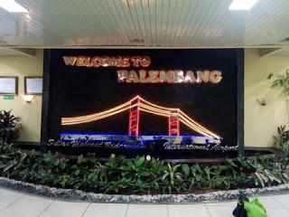 Huruf timbul palembang - bandara sultan mahmud badarrudin 2 palembang. lampu LED huruf terbuat dari stenlis