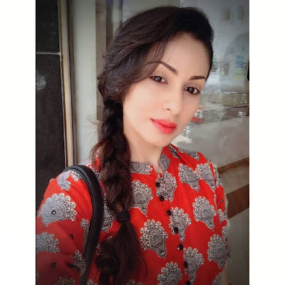 Sadha Wiki, Height, Weight, Age, Husband, Family and Biography