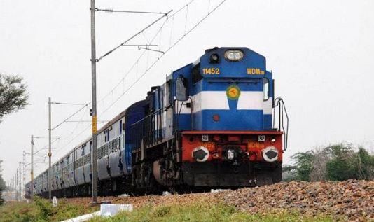 गरीब रथ को बंद करने का प्लान नहीं: रेलवे बोर्ड  - newsonfloor.com